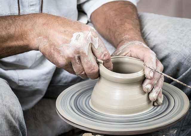 uomini di argilla